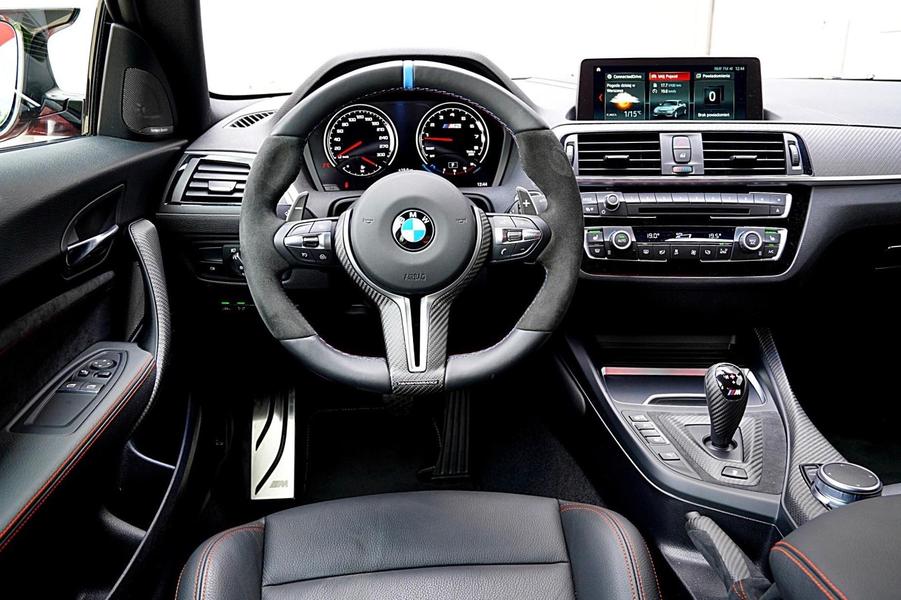 BMW M2 Competition - deska rozdzielcza