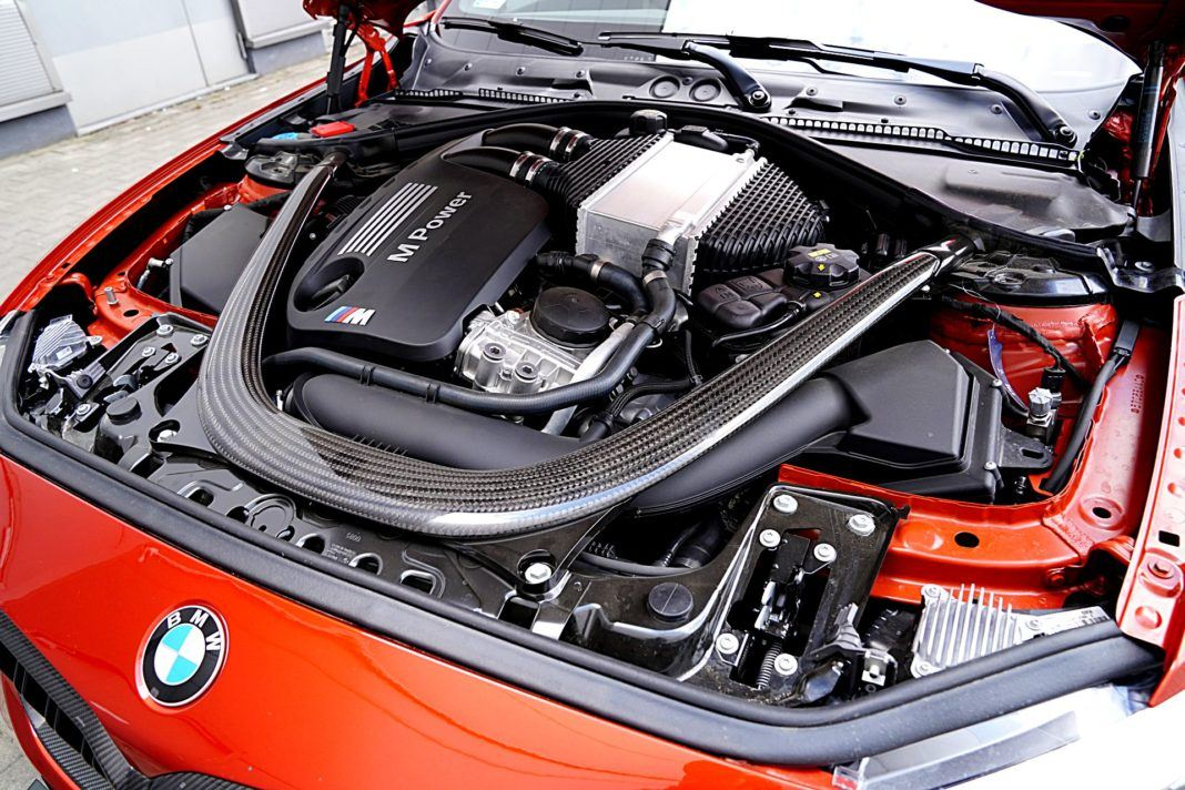 BMW M2 Competition – silnik