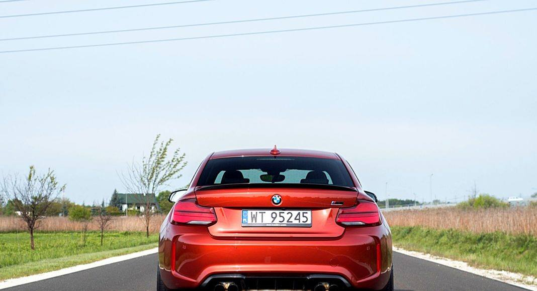 BMW M2 Competition – tył