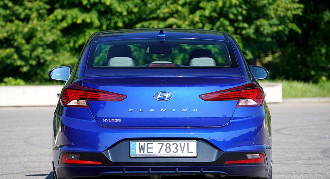 Hyundai Elantra – tył