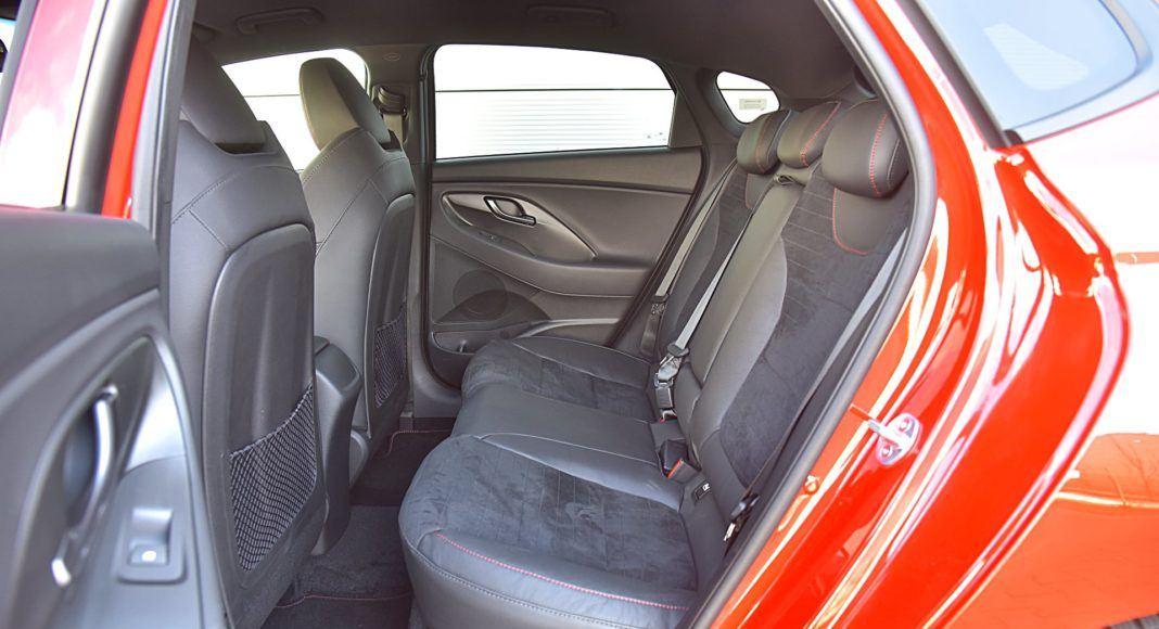 Hyundai i30 N Fastback –kanapa