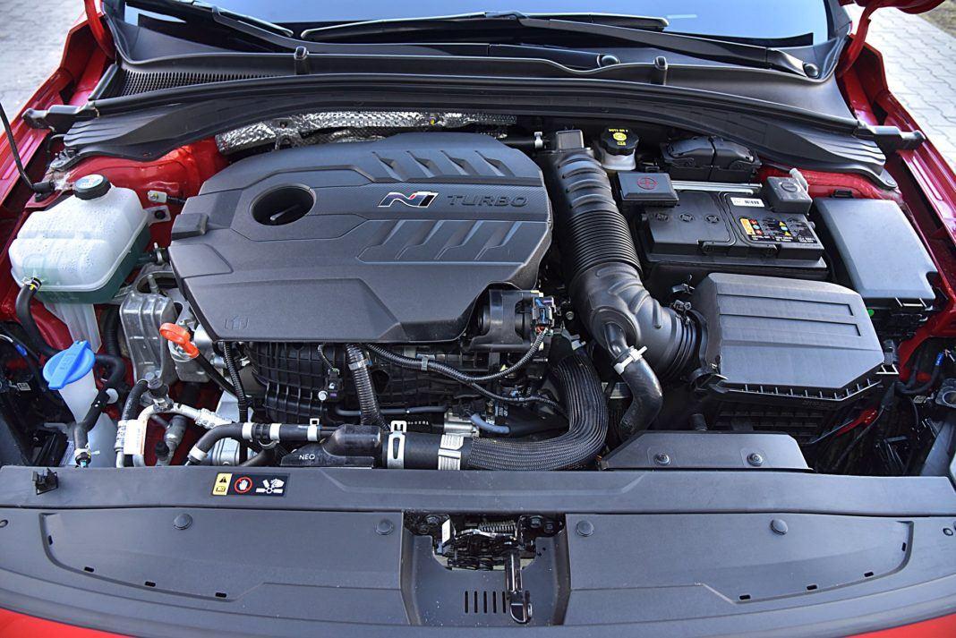 Hyundai i30 N Fastback – silnik