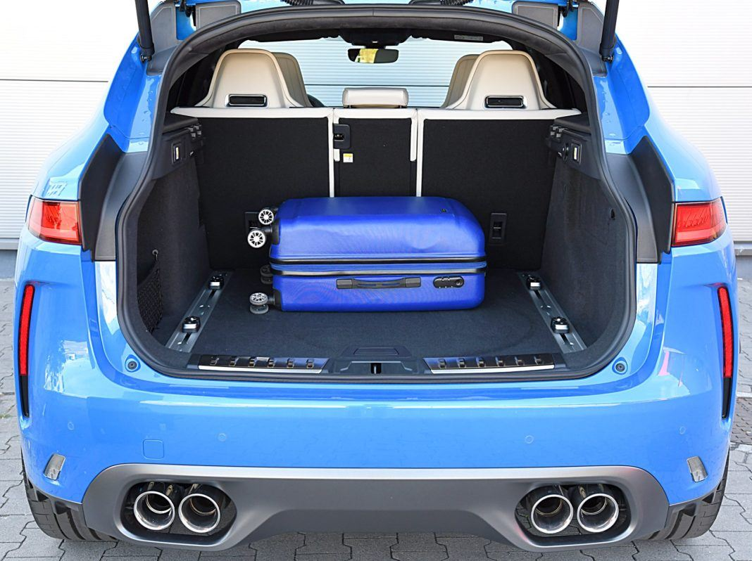 Jaguar F-Pace SVR – bagażnik