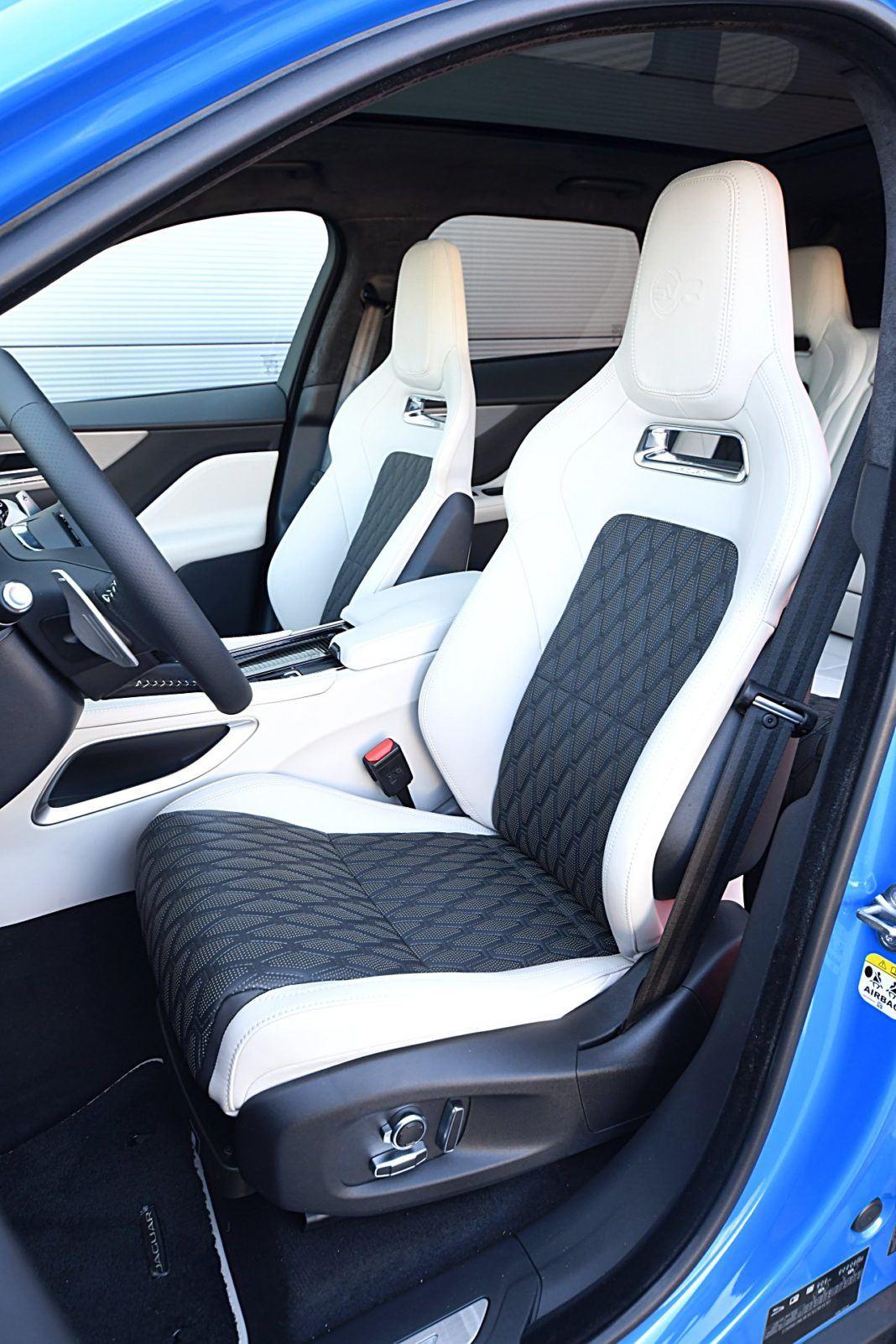 Jaguar F-Pace SVR – fotele