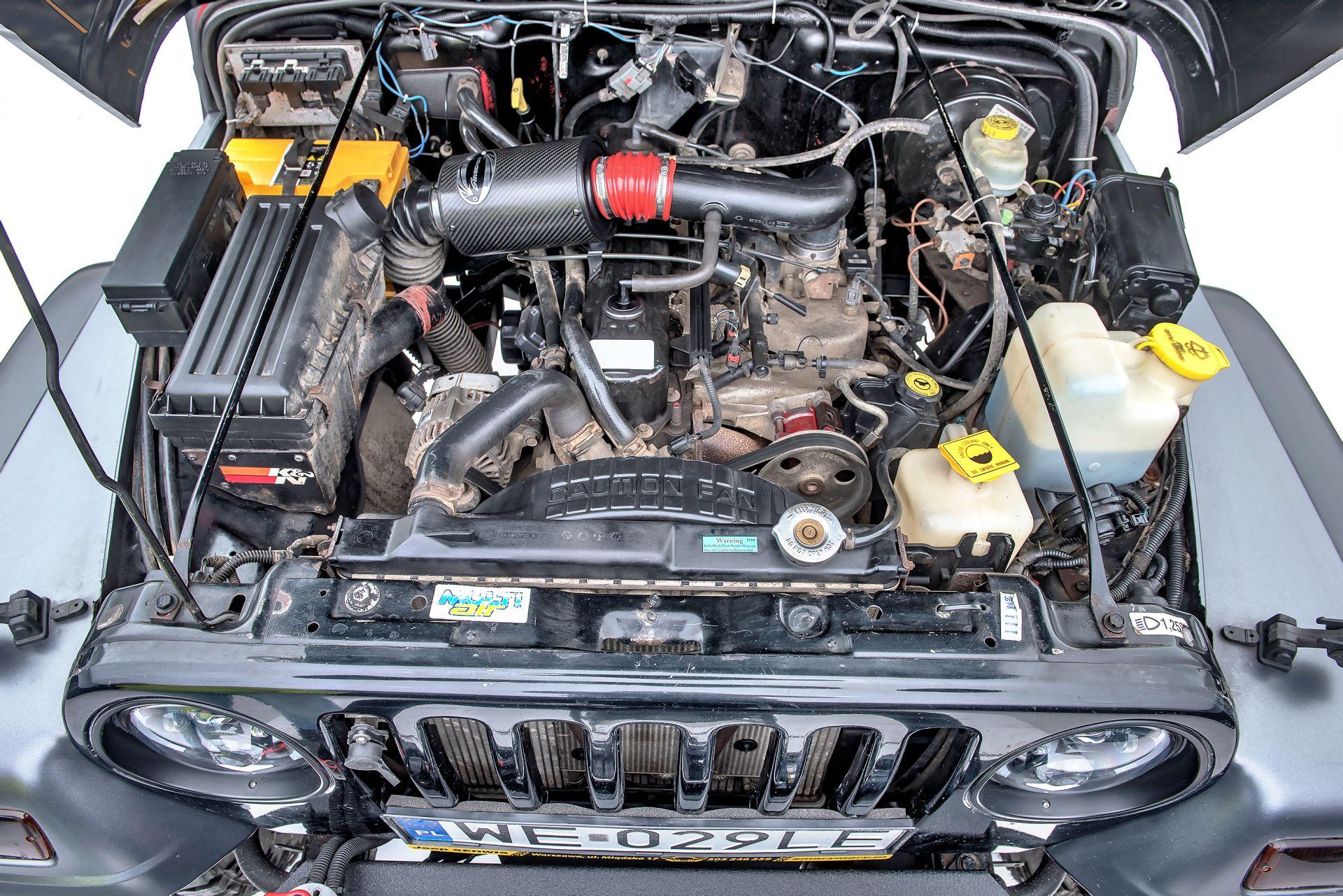 jeep wrangler tj silnik