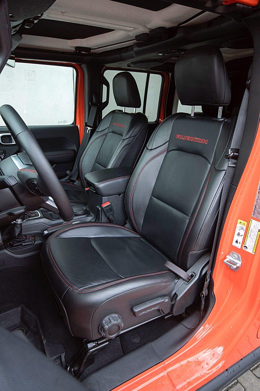 Jeep Wrangler Unlimited – fotele