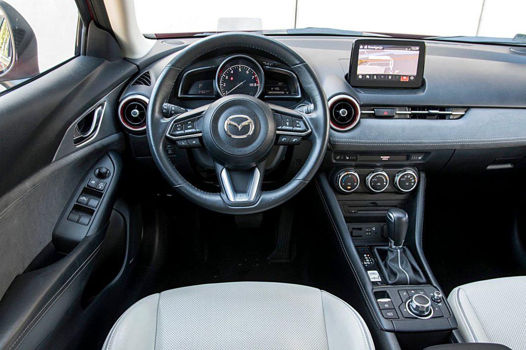 Mazda CX-3 – deska rozdzielcza