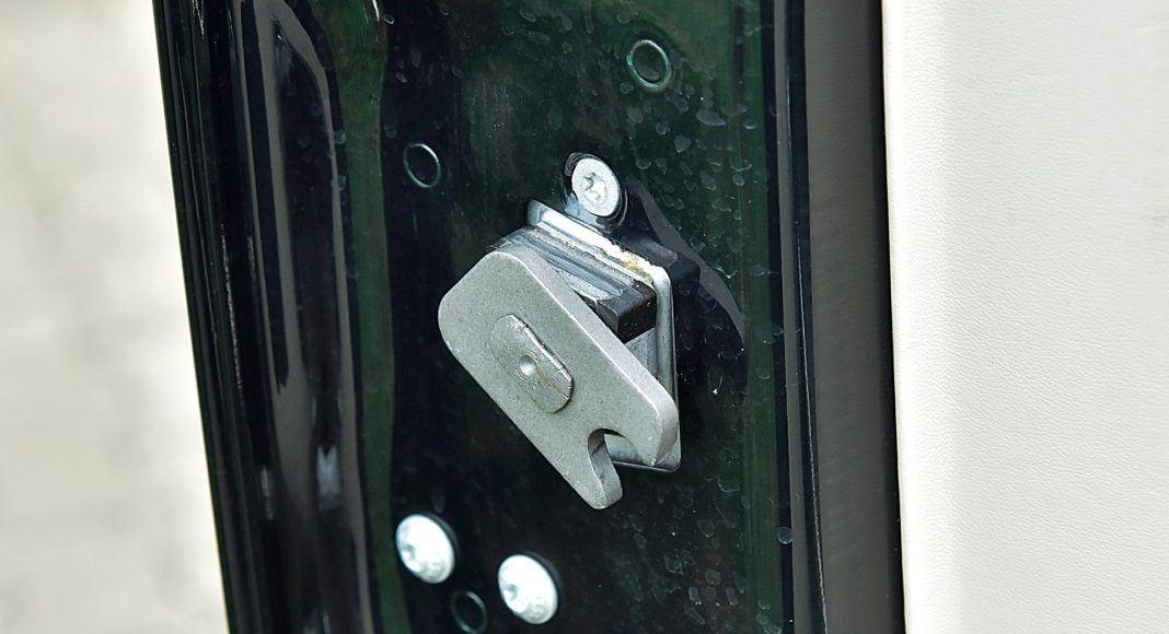 Mercedes G 500 - zamki