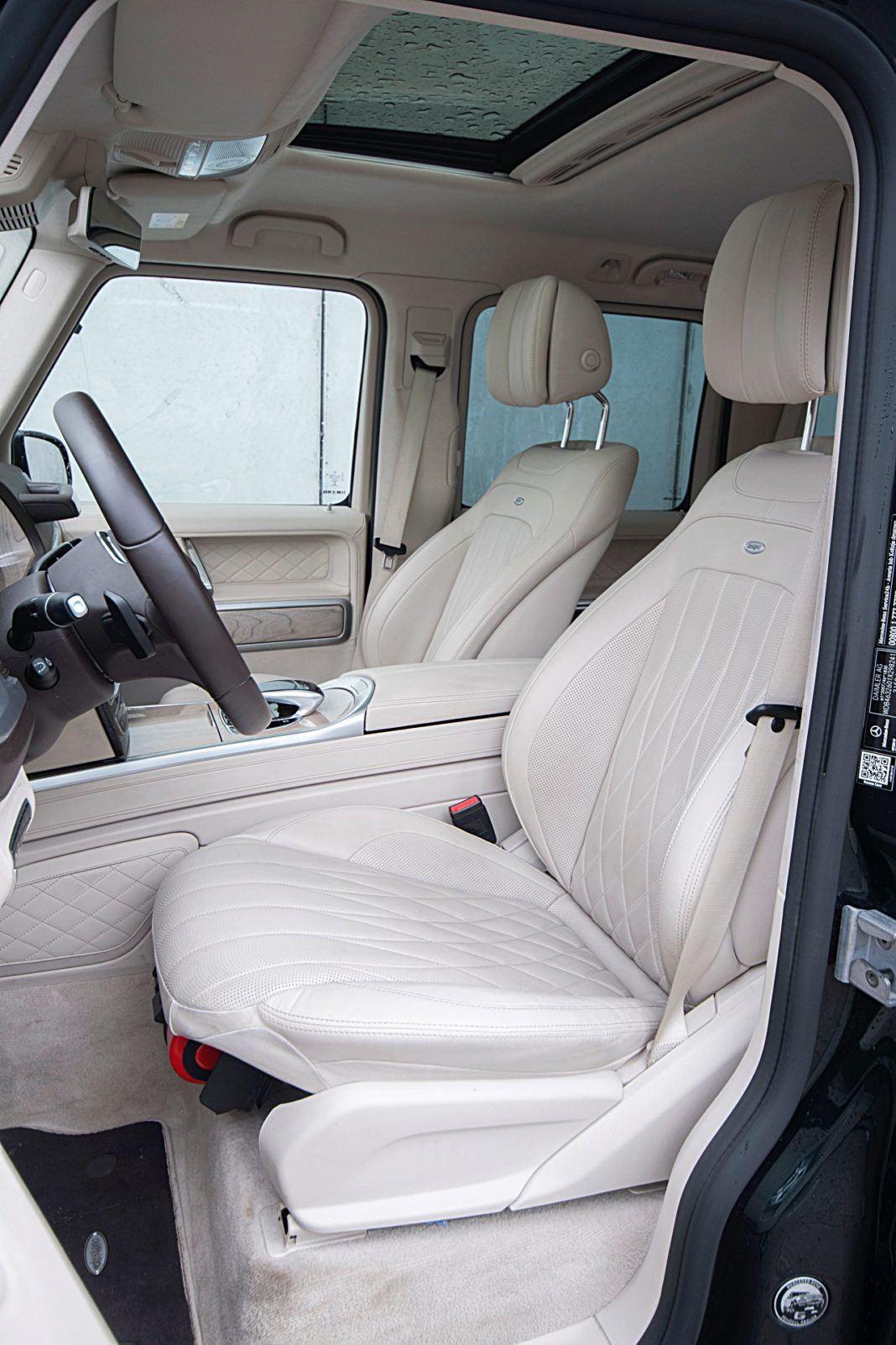 Mercedes G 500 – fotele z przodu