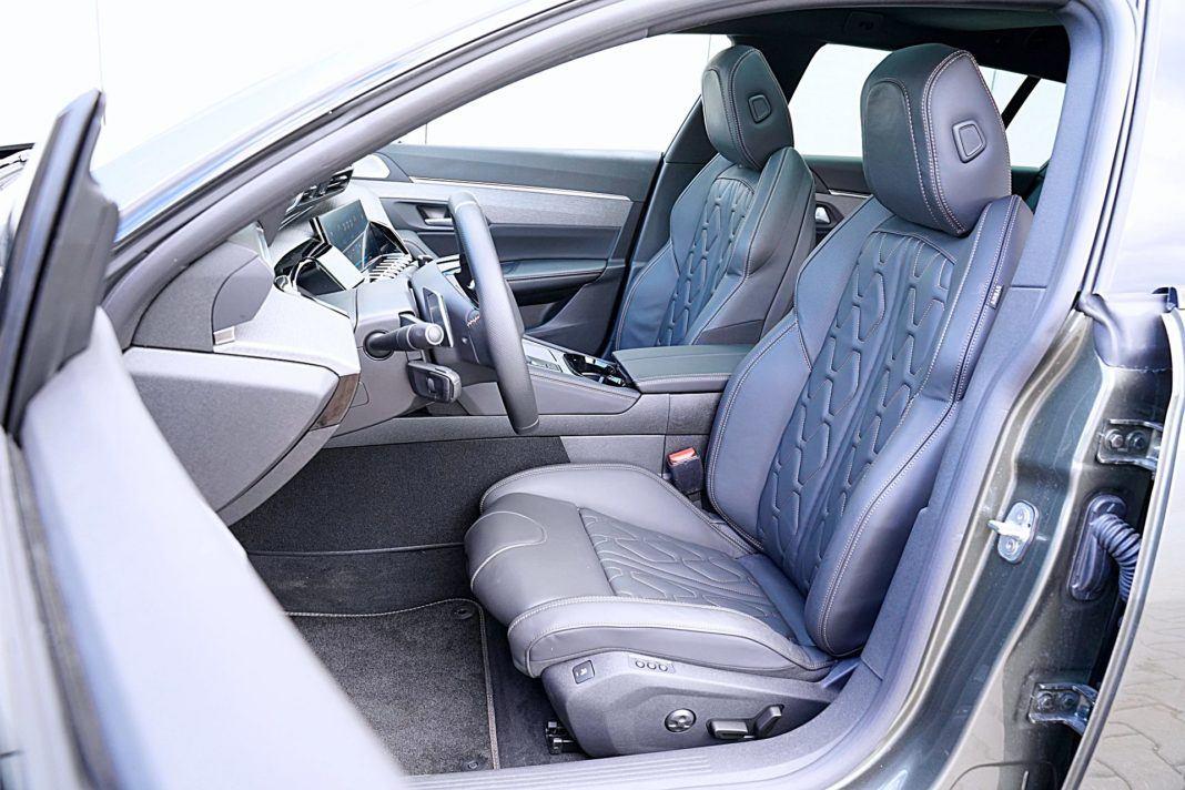 Peugeot 508 SW - fotele