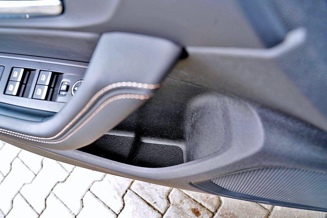 Peugeot 508 SW - kieszeń