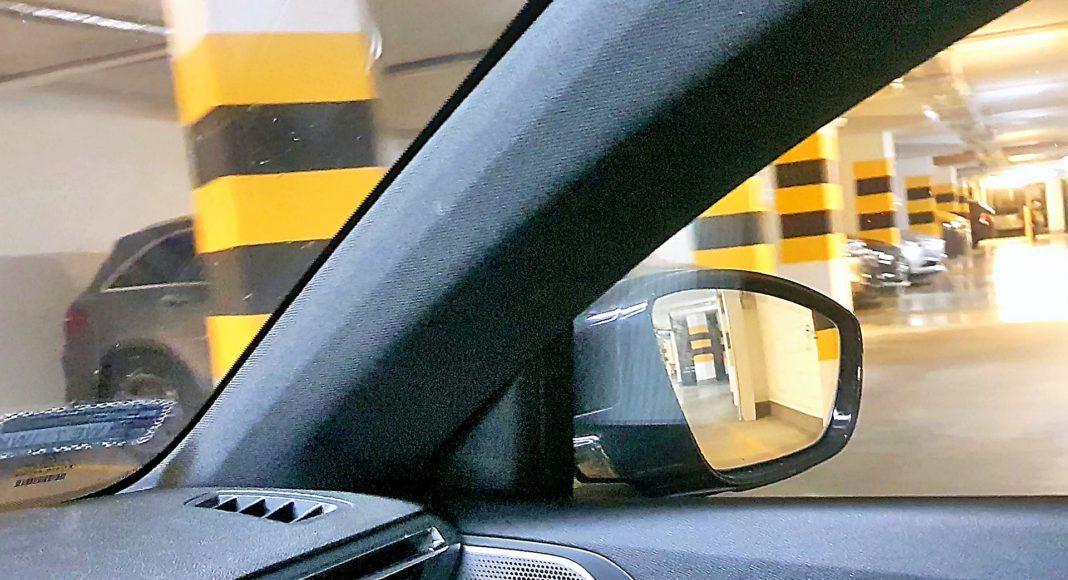 Peugeot 508 SW – słupki