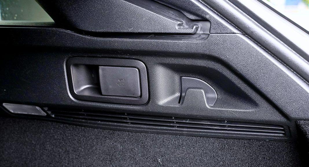 Peugeot 508 SW – składnie oparć