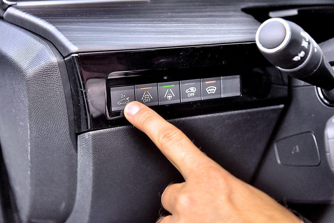 Peugeot 508 SW – unoszenie klapy