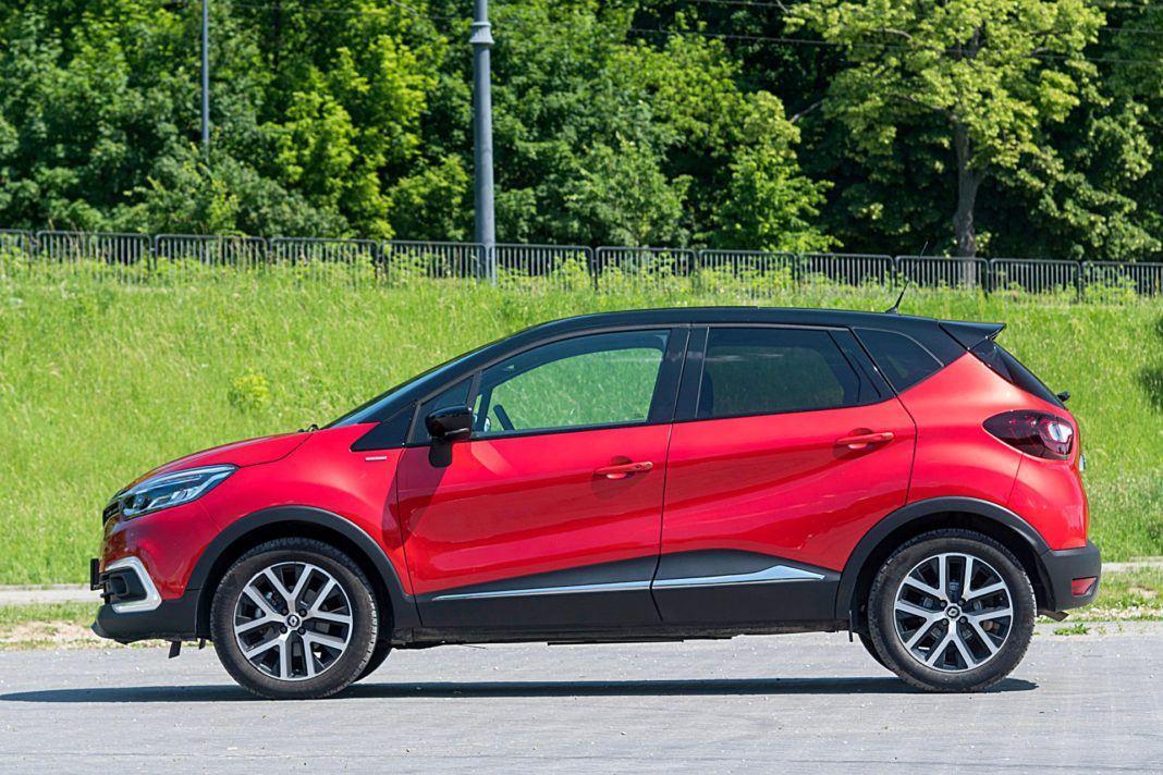 Renault Captur – bok
