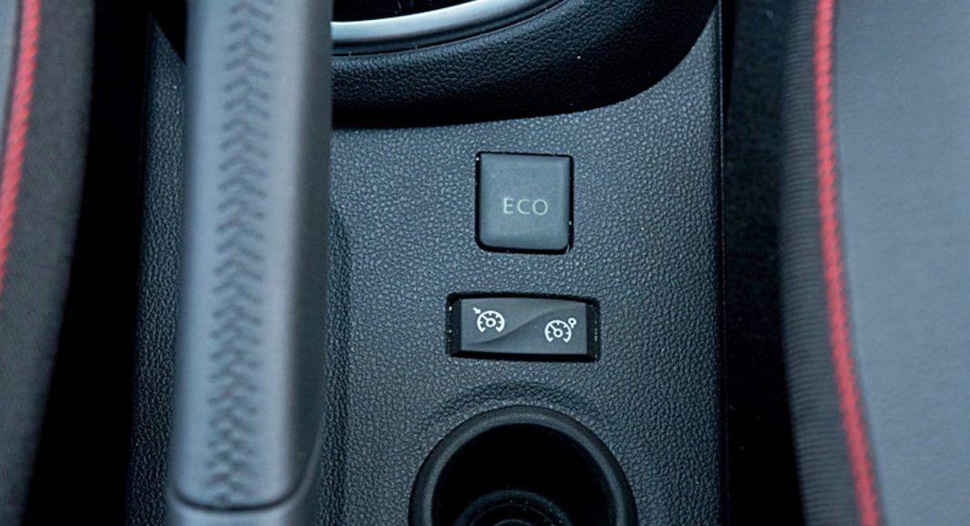 """Renault Captur – sterowanie tempomatem i trybem """"Eco"""""""