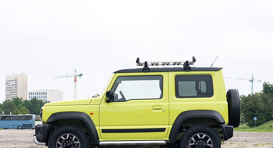 Suzuki Jimny – bok