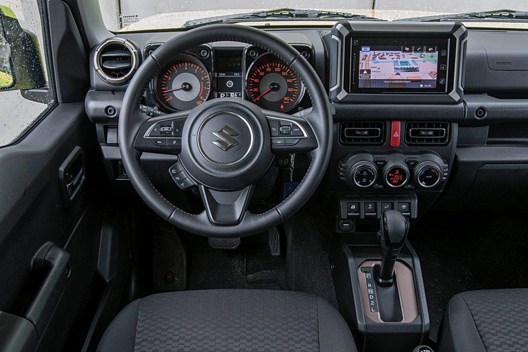 Suzuki Jimny – deska rozdzielcza
