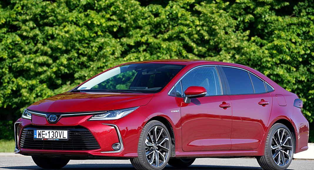 Toyota Corolla Hybrid –przód
