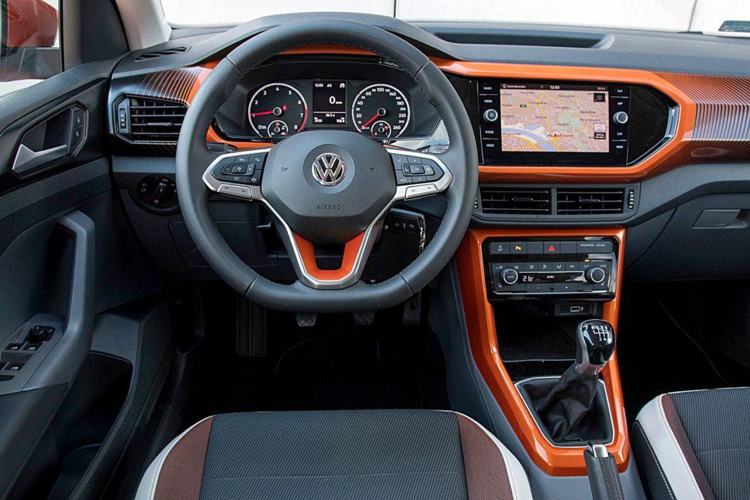 VW T-Cross – deska rozdzielcza