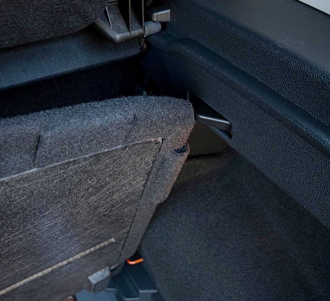 VW T-Cross – bagażnik mocowanie podłogi
