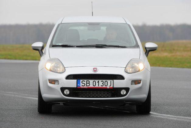 Fiat Grande Punto_Punto Evo_Punto 2012 01