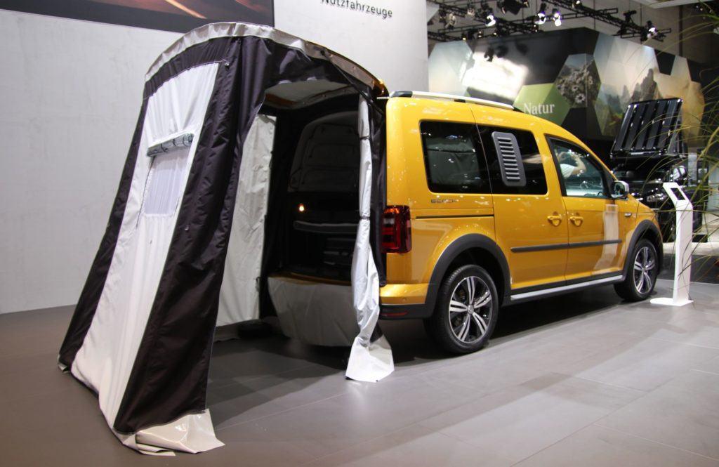 Targi caravaningu - Volkswagen Caddy Beach