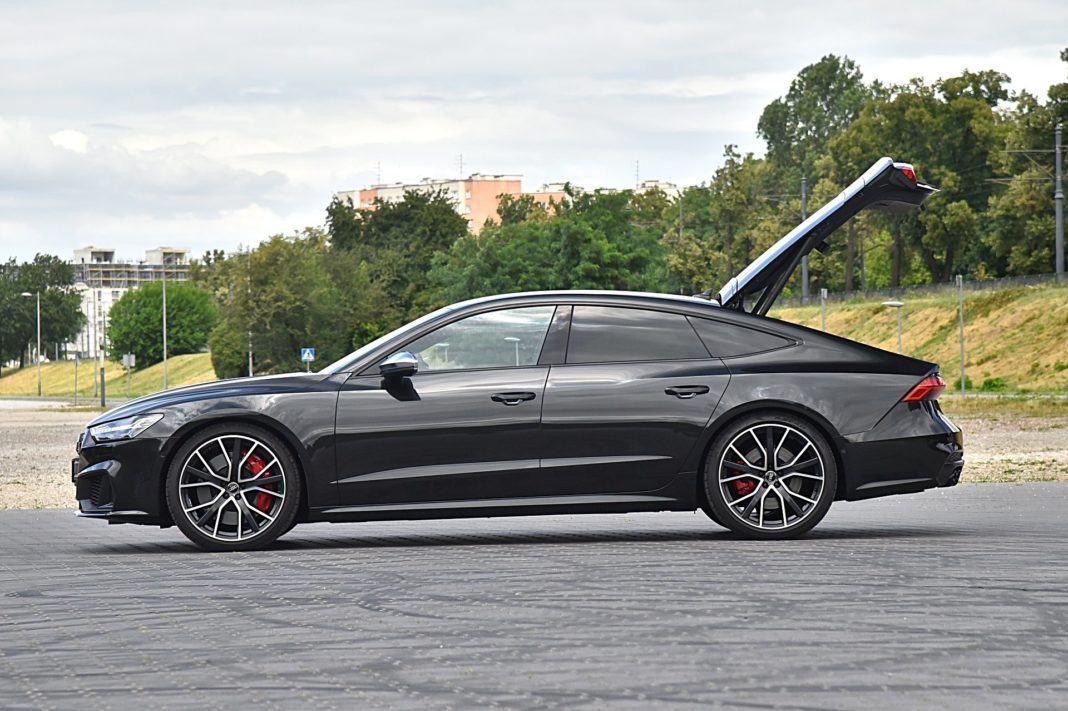 Audi S7 Sportback – bok bagażnik