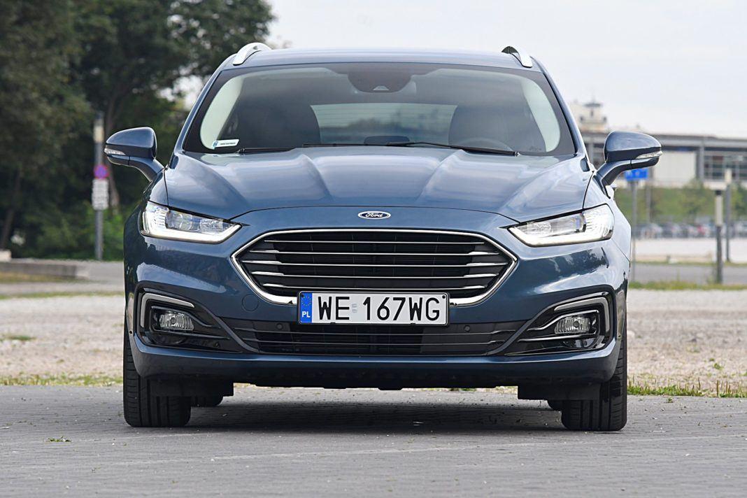 Ford Mondeo Kombi Hybrid – przód
