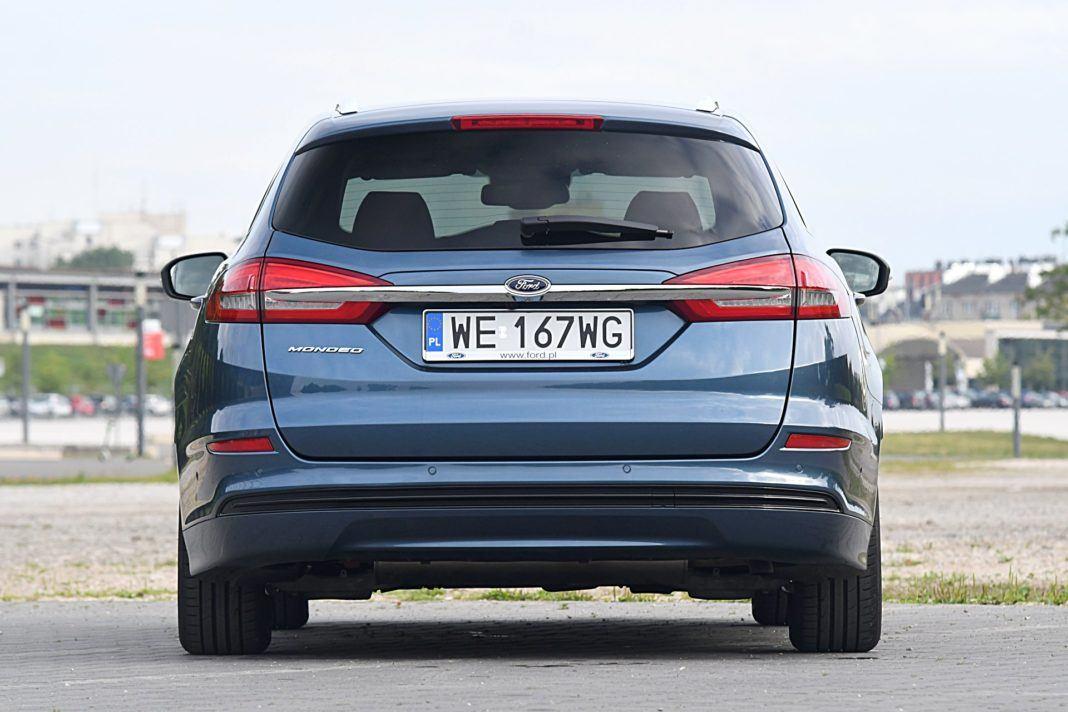 Ford Mondeo Kombi Hybrid – tył