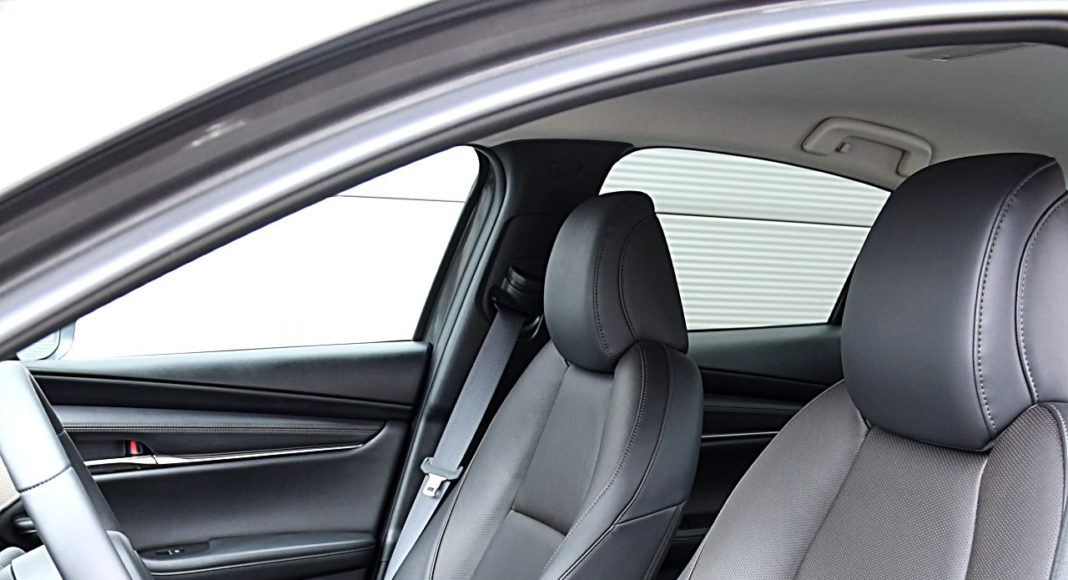 Mazda 3 Sedan – fotele