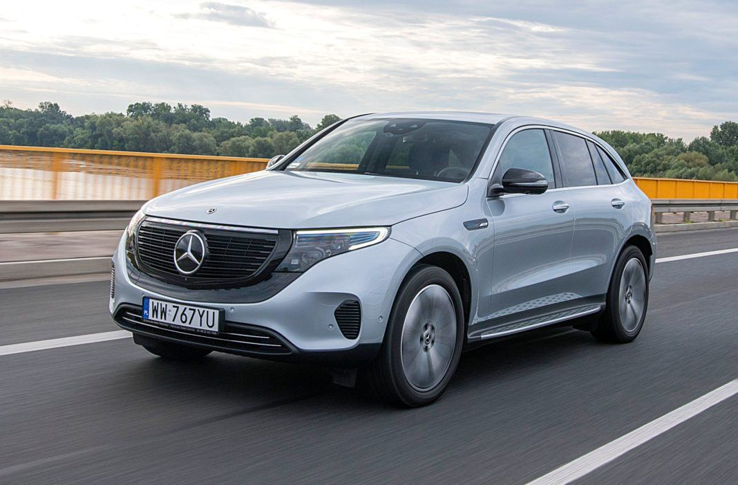 MERCEDES EQC 400 4Matic jazda