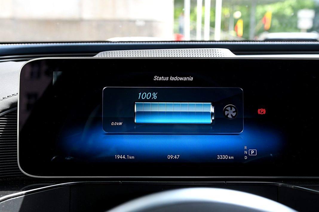 Mercedes EQC 400 4Matic – stan naładowania baterii