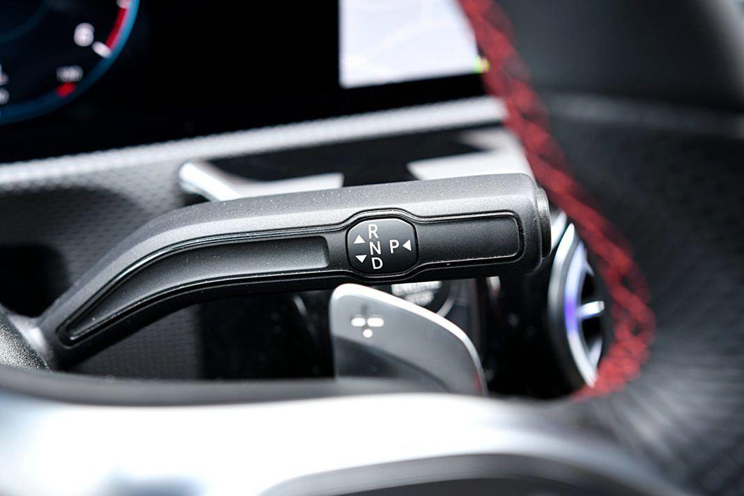 Mercedes klasy A Limuzyna – dźwignia zmiany biegów