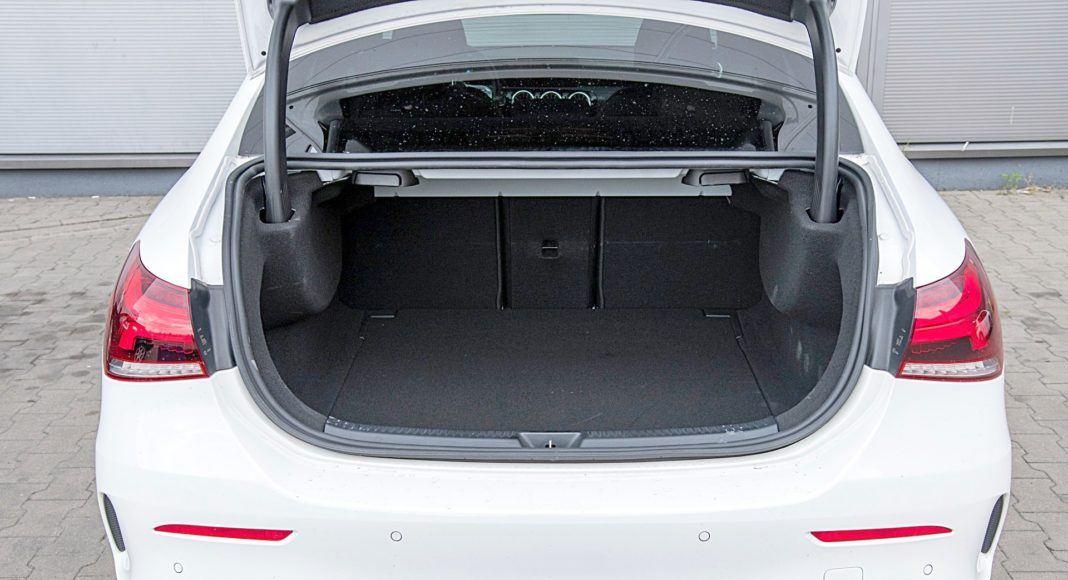 Mercedes klasy A Limuzyna – bagażnik