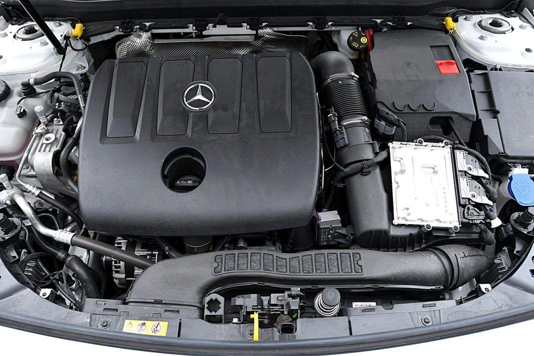 Mercedes klasy A Limuzyna – silnik