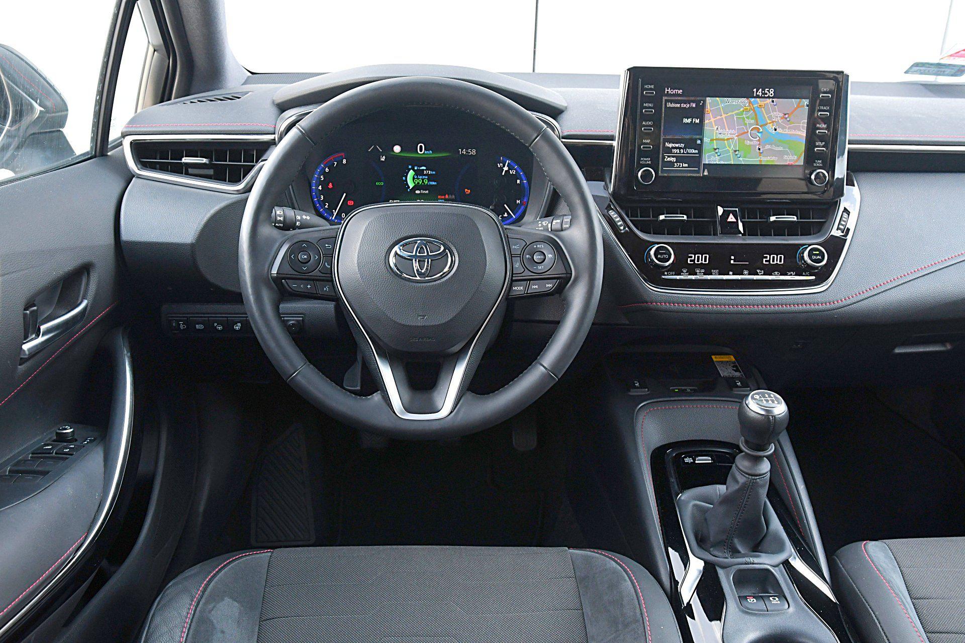 TOYOTA Corolla E21 Selection 1.2T deska rozdzielcza