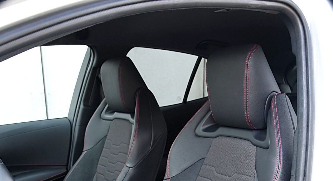 Toyota Corolla – fotele