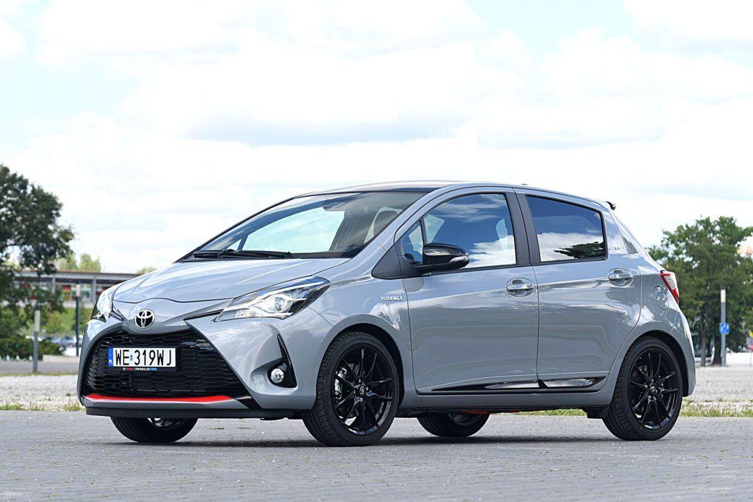 Toyota Yaris Hybrid GR Sport - przód