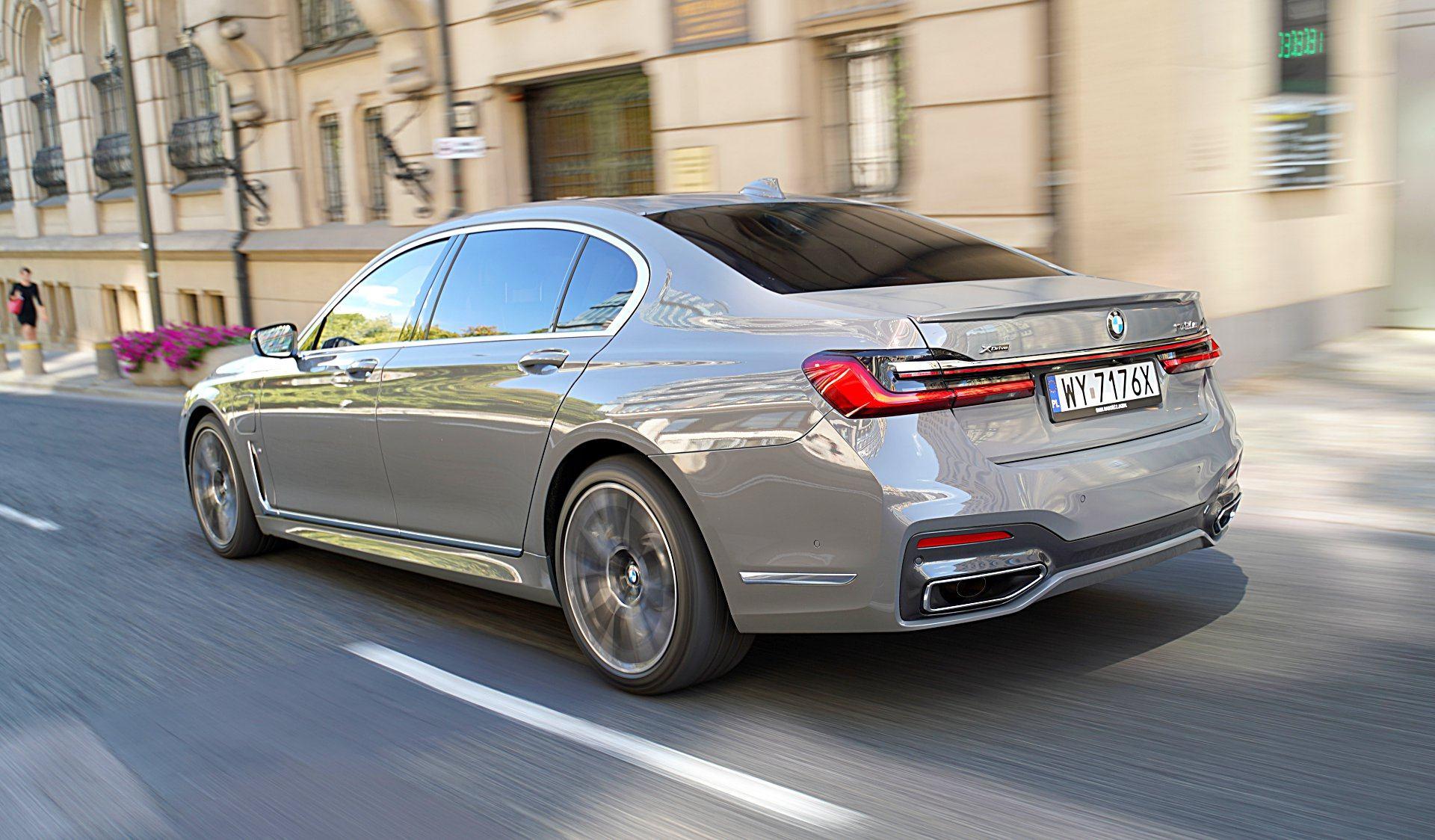 BMW 745Le G12 FL Plug-In Hybrid 3.0T tył