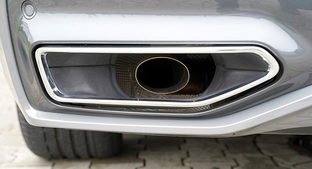 BMW 745Le xDrive – końcówka wydechu