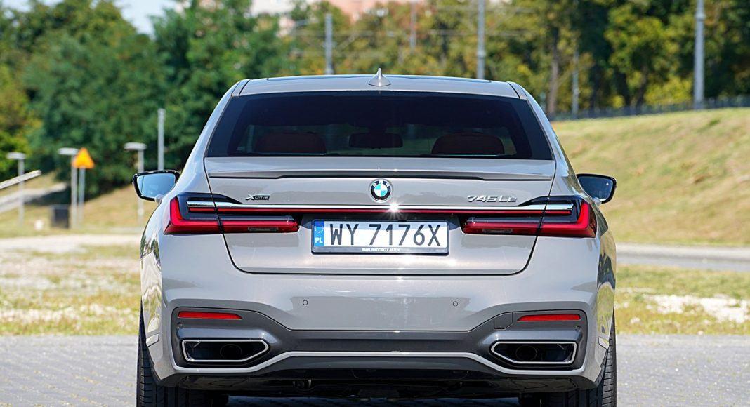 BMW 745Le xDrive – tył