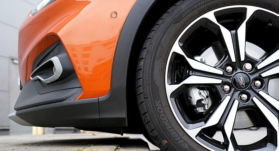 Ford Focus Active Kombi 2.0 EcoBlue – zderzak
