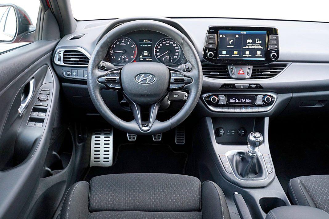 Hyundai i30 – deska rozdzielcza