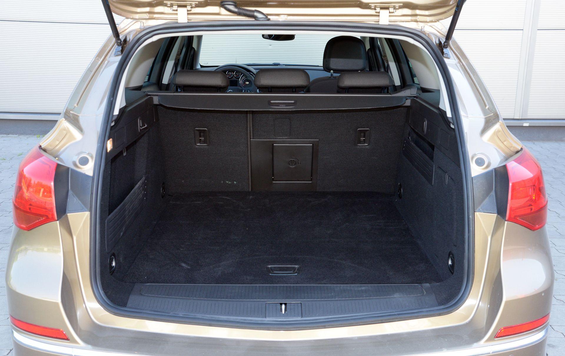 Uzywany Opel Astra Iv J 2009 2018 Opinie Dane Techniczne Typowe Usterki