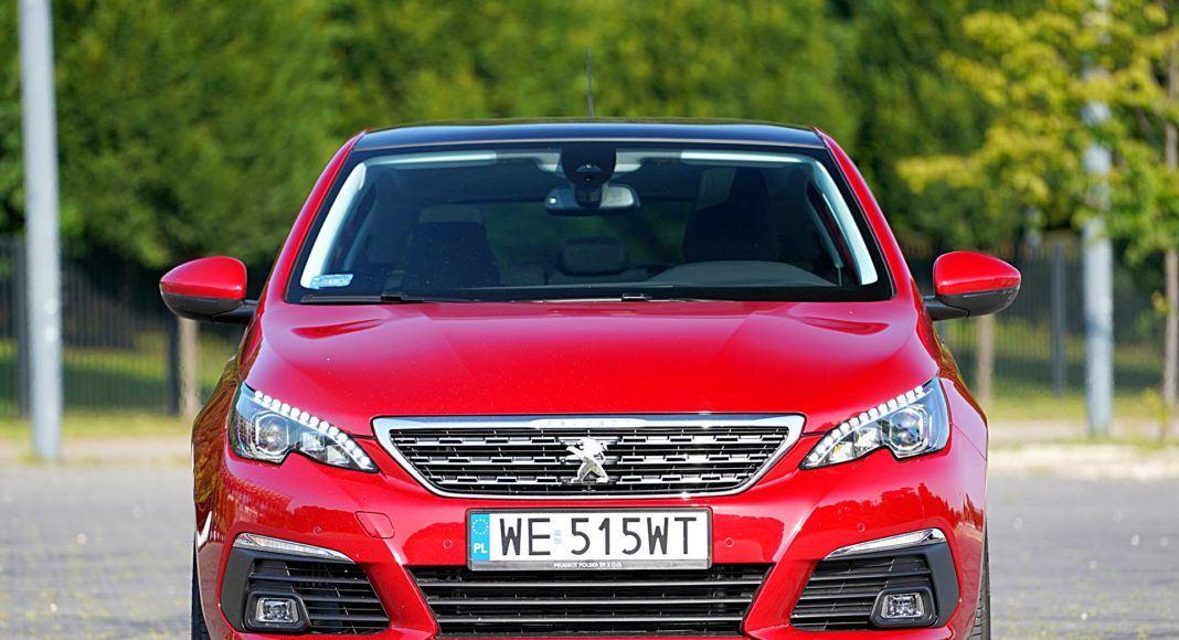 Peugeot 308 – przód