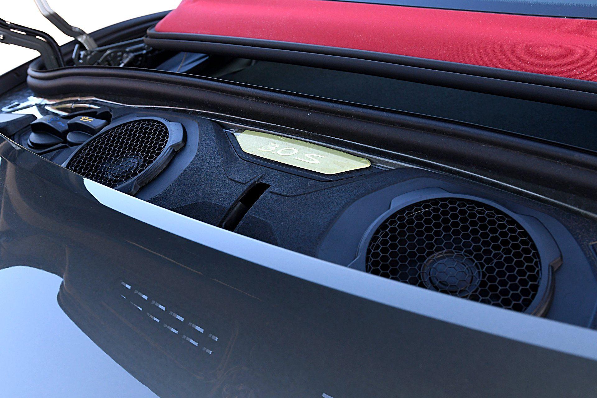 PORSCHE 911 992 Carrera 4S Cabriolet 3.0T silnik