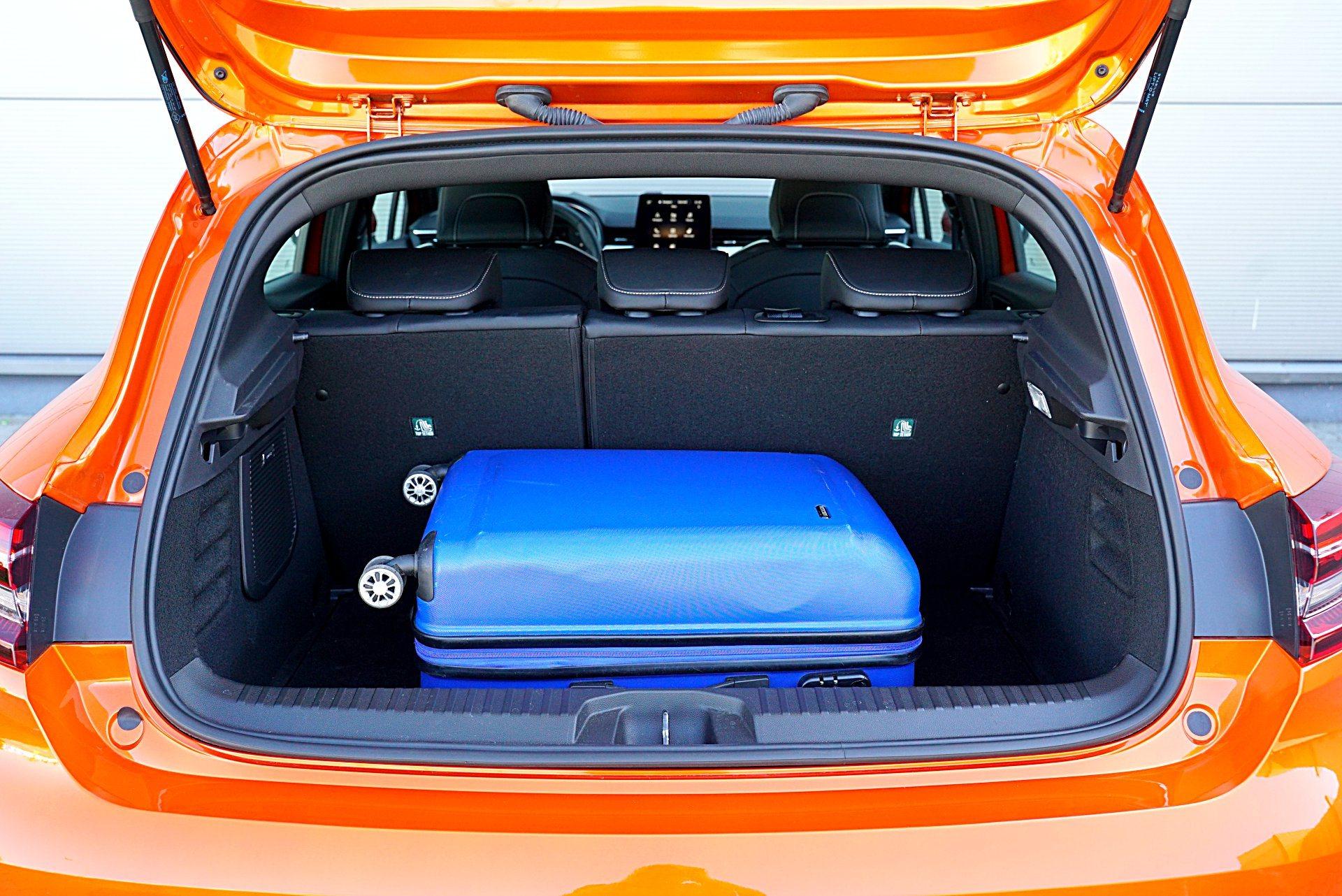 RENAULT Clio V Intens 1.0TCe 100KM bagażnik