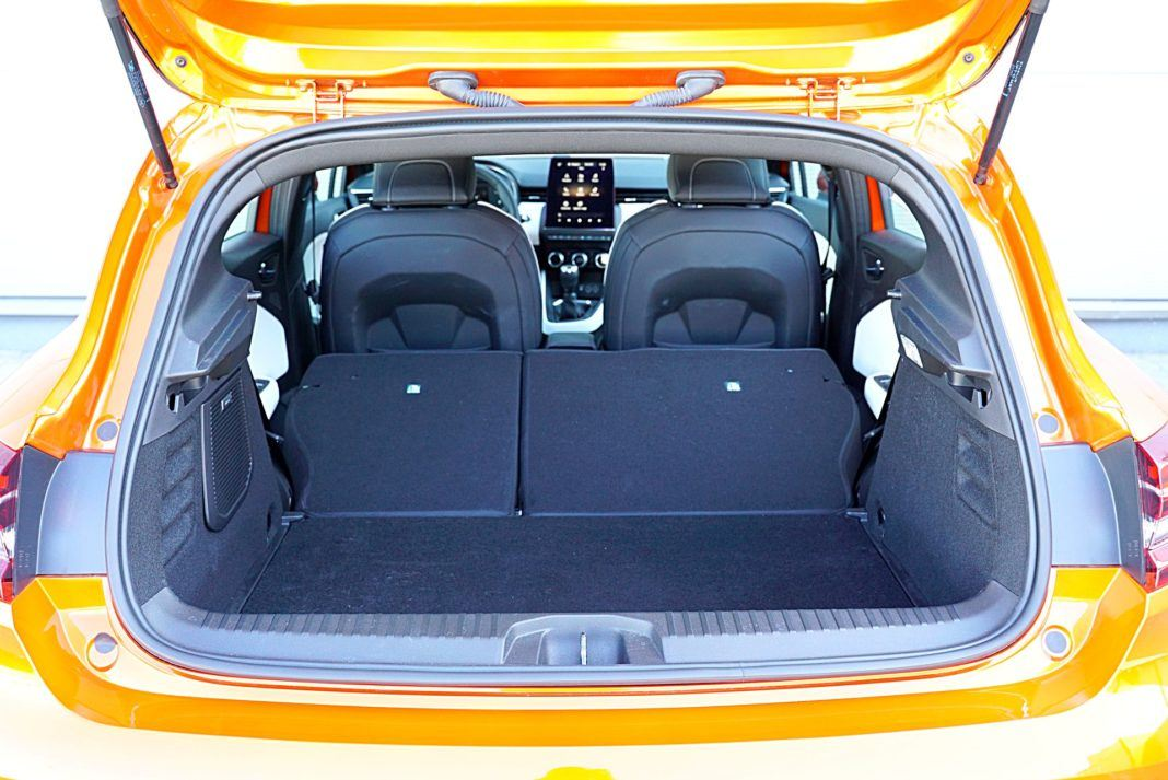 Renault Clio 1.0 TCe 100 Intens – bagażnik