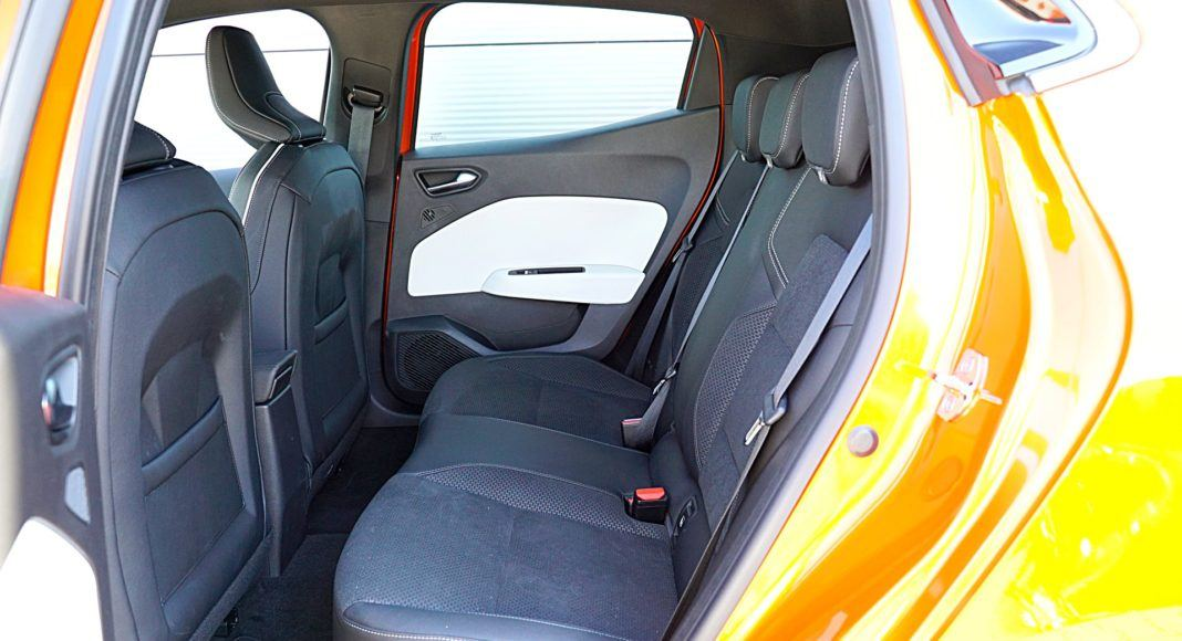Renault Clio 1.0 TCe 100 Intens – kanapa